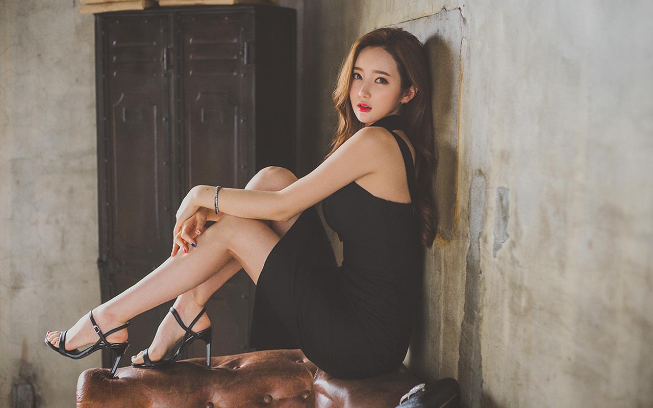 韩国妹子#李妍静 68套美图作品,人称宅男杀手的女神[2253P/1.9G]