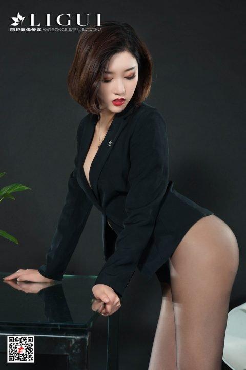 【写真】丽柜LIGUI第一美女筱筱写真+与雪糕直播【699MB】