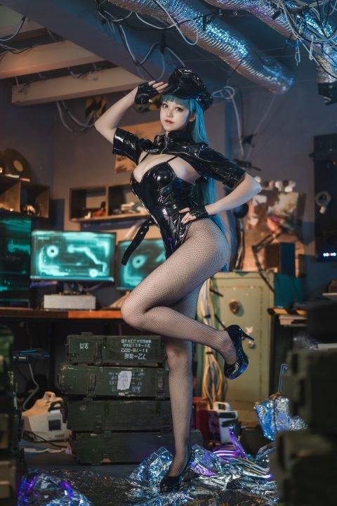 【写真】蜜汁猫裘- 女警 非秒传链接