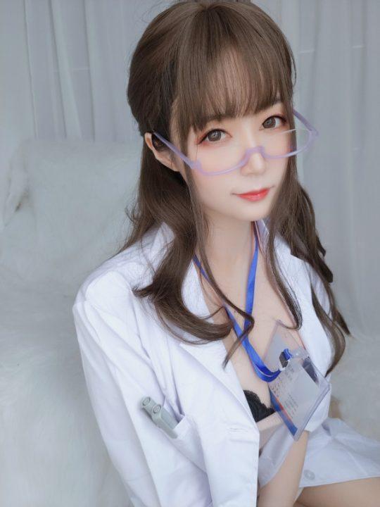 COS@白银81 私人医生 【159P+6V/1.03G】