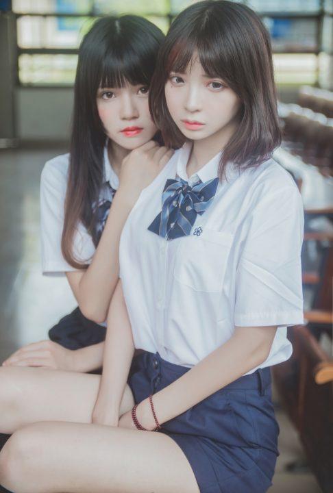 COS@【疯猫ss】 桜桃喵&疯猫ss – JK百合【800M】
